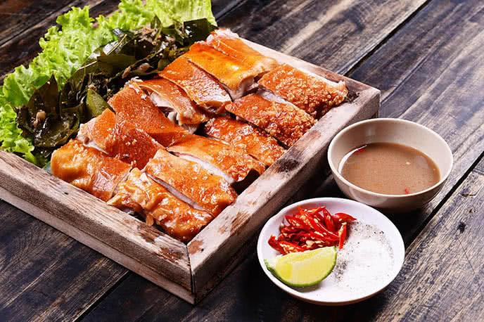 top 10 địa điểm ăn ngon rẻ nổi tiếng nhất Hà Nội 2