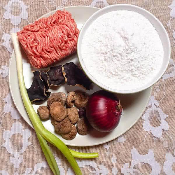 Biến tấu bánh rợm nhân thịt lạ miệng đơn giản ảnh 1