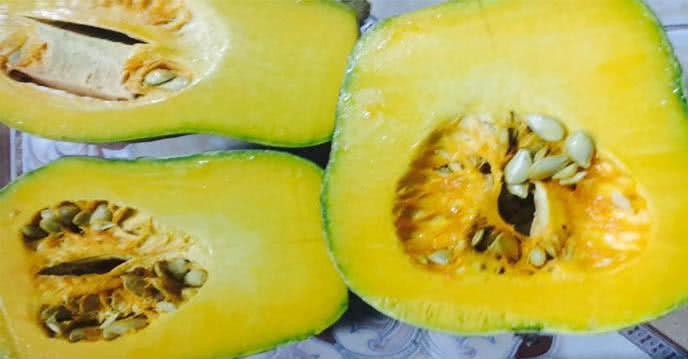 Cách làm bánh bí ngô hấp sữa dừa giúp tăng cân nhanh ảnh 1