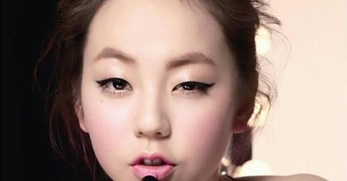 Cách vẽ lông mày đẹp hoàn hảo cho từng dáng khuôn mặt ảnh 2