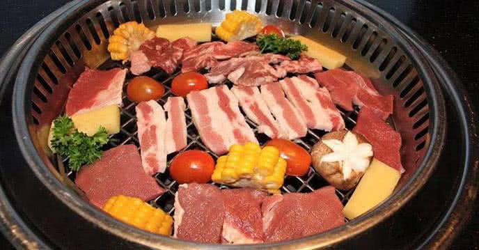 nhà hàng buffet nướng hot n tasty 81 láng hạ 2