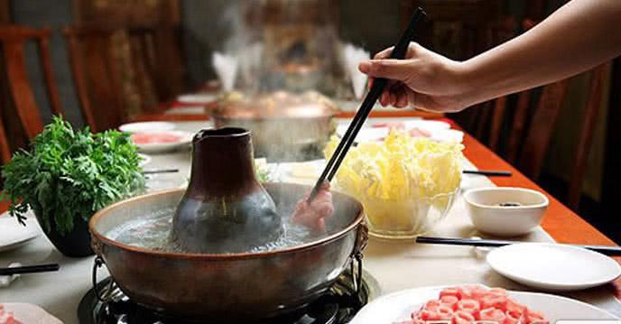 nhà hàng lẩu đức trọc 15 yên phụ 1