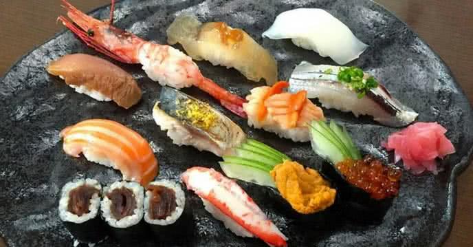 tự thú của một tín đồ sushi 1