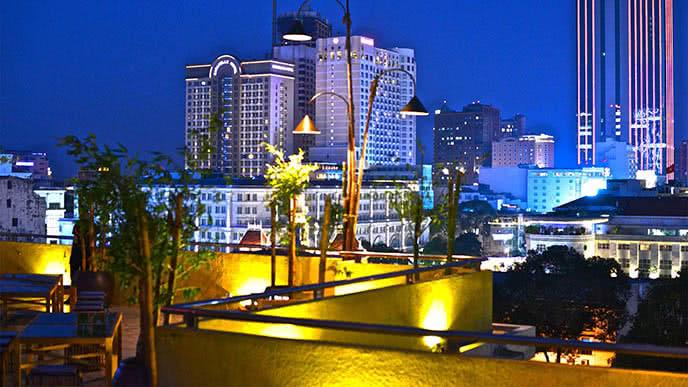 Top 10 nhà hàng ngon, có không gian đẹp ở Sài Gòn ảnh 10
