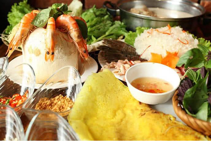 top 10 địa điểm ăn ngon rẻ nổi tiếng nhất Hà Nội 10