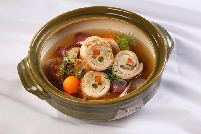 Điểm danh 10 nhà hàng trung hoa ngon ở Sài Gòn 5