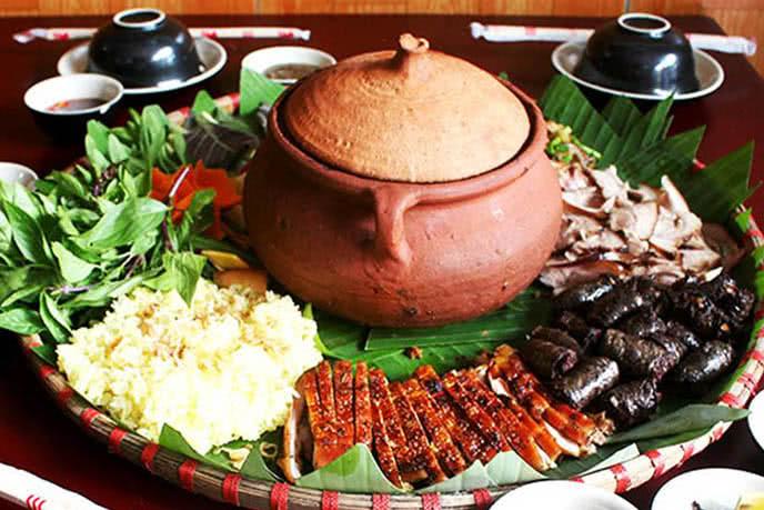 top 10 quán nhậu ngon nổi tiếng được yêu thích ở Hà Nội 8