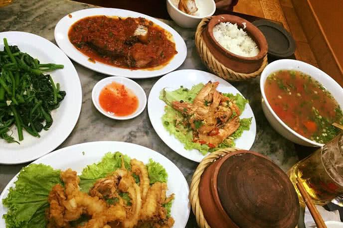 Top 20 quán ăn vặt ngon bổ rẻ, nổi tiếng nhất ở Hà Nội 9
