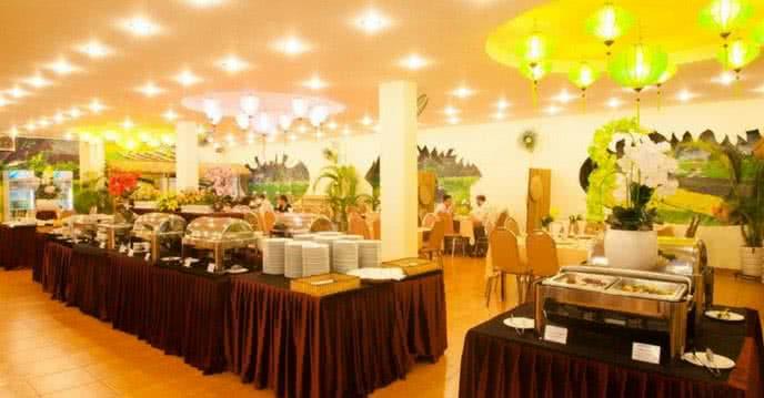buffet rồng vàng 1