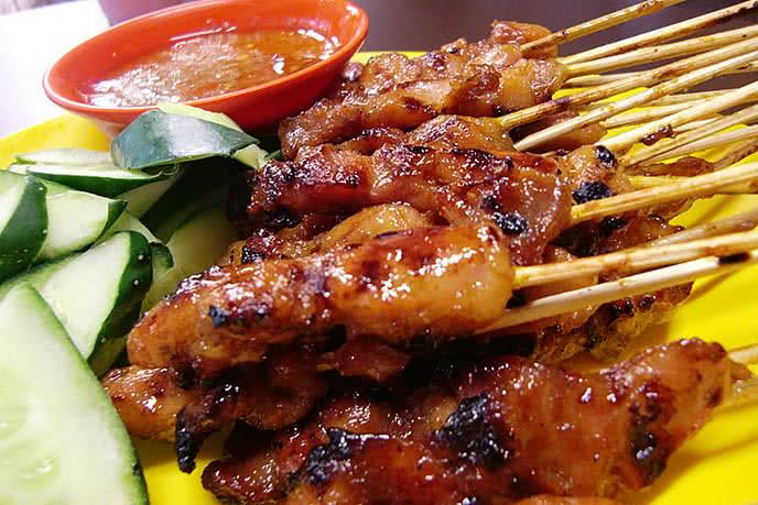 top 10 địa điểm ăn ngon rẻ nổi tiếng nhất Hà Nội 4