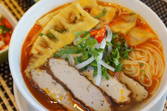 Top các quán ăn trưa ngon nổi tiếng ở quận 5 tpHCM ảnh 3