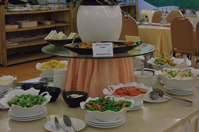 Top 10 nhà hàng buffet 5 sao ngon, sang trọng tại TpHCM ảnh 2