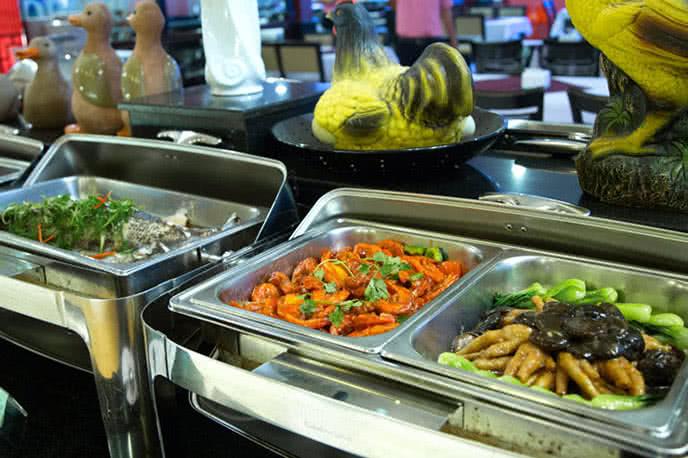 Top 10 nhà hàng buffet hải sản ngon, rẻ, chất ở Sài Gòn ảnh 10