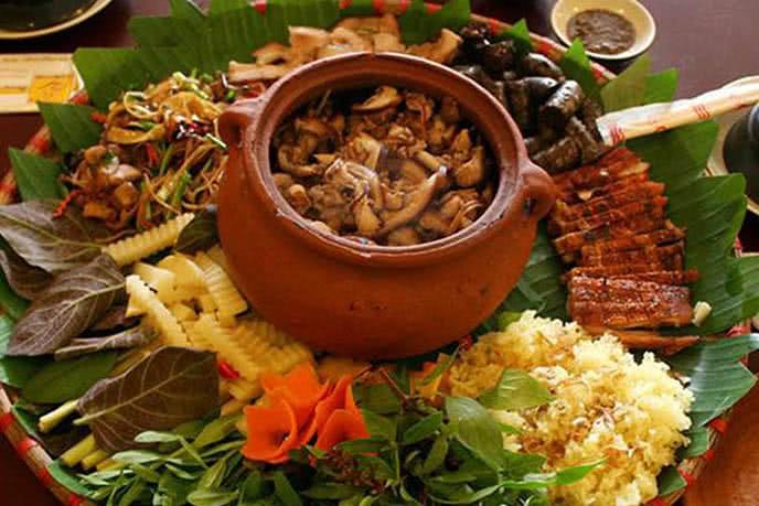 Top 10 quán ăn đặc sản dân tộc ngon nhất tại Hà Nội 2