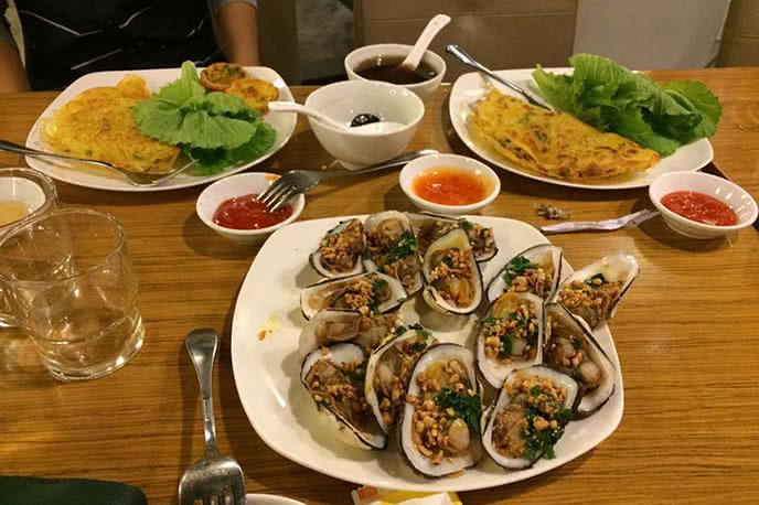 Top 10 nhà hàng buffet món Việt ngon nhất ở TpHCM anh 2