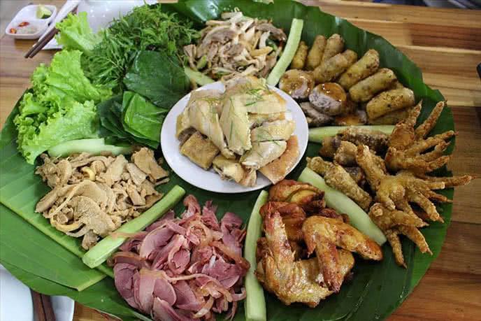 top 10 địa điểm ăn ngon rẻ nổi tiếng nhất Hà Nội 3