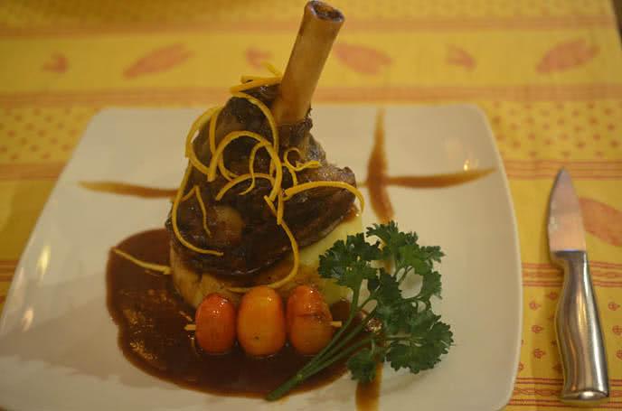 Top 10 nhà hàng Ý ngon, nổi tiếng nhất ở Sài Gòn ảnh 1