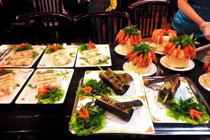 Top 10 nhà hàng món ngonViệt Nam nổi tiếng ở quận 1 ảnh 3