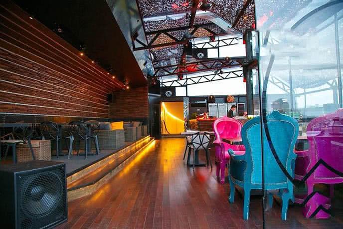 Top 20 beer club nổi tiếng, sôi động nhất ở Sài Gòn ảnh 16
