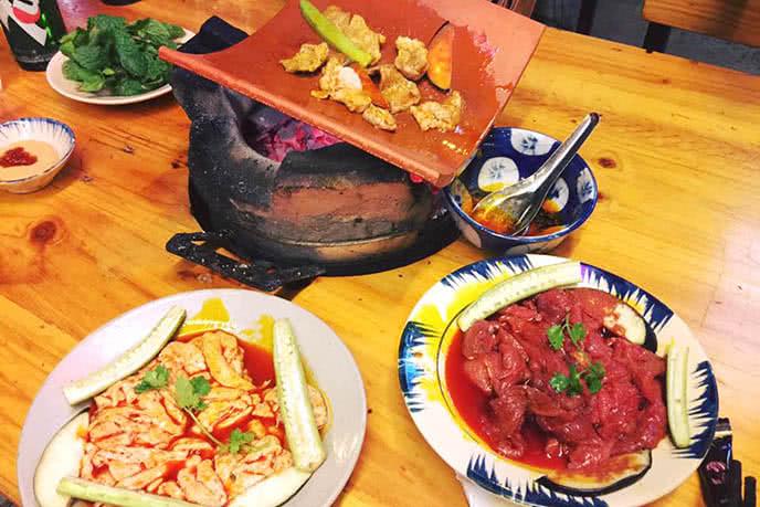 Top 5 quán nướng ngói ngon, nổi tiếng nhất ở Sài Gòn ảnh 2
