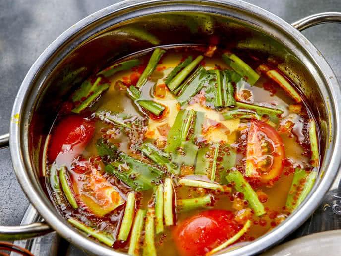 Cách nấu lẩu cua Cà Mau 6