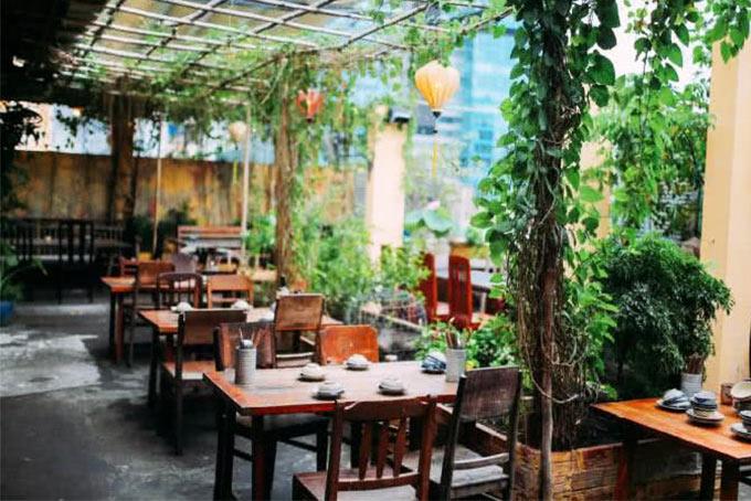 Top 20 nhà hàng có không gian đẹp, nổi tiếng nhất ở TpHCM - 15