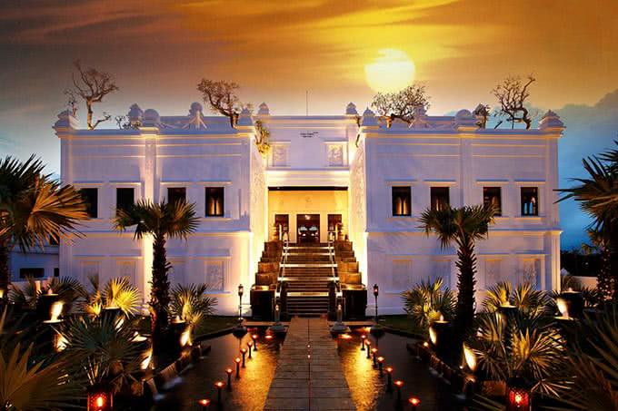 Top 20 nhà hàng có không gian đẹp, nổi tiếng nhất ở TpHCM - 3