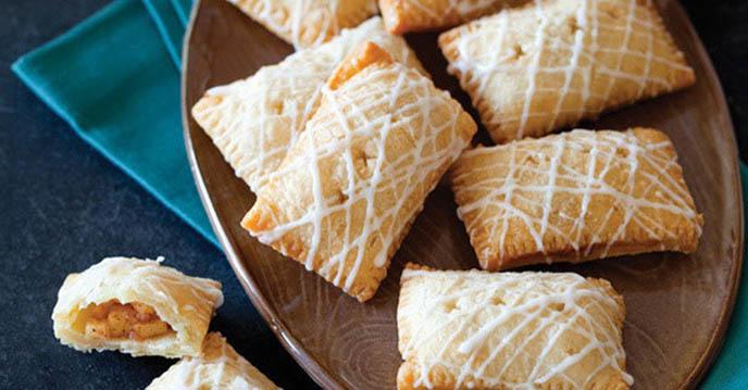 Cách làm 5 món bánh hấp dẫn chỉ với chảo chống dính - bánh rán nhân táo