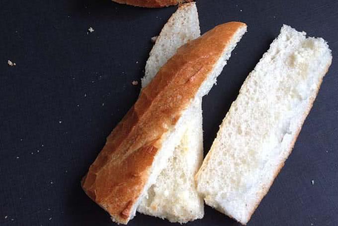 bánh mỳ bơ tỏi 1
