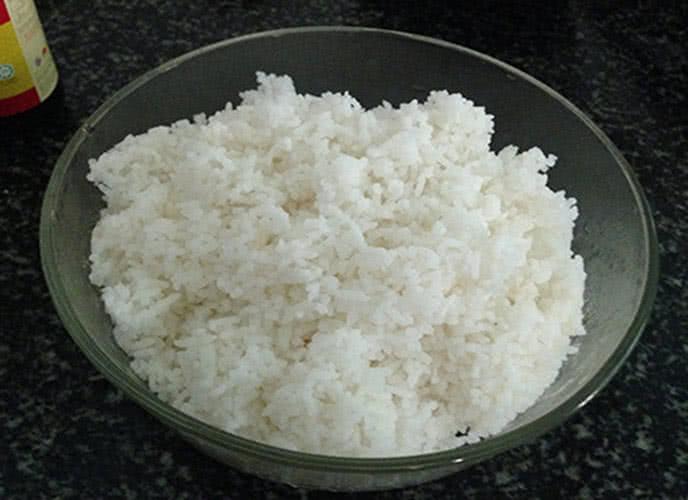Cách làm cơm rang dưa bò 2