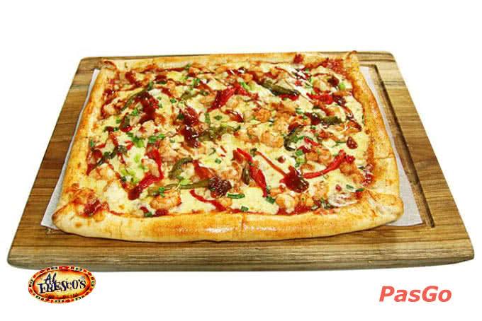 những chiếc Pizza vuông độc đáo ở alfresco xuân diệu