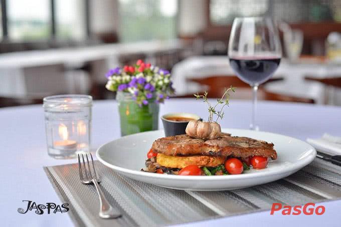 Những món steak ngon như thế này đã giúp Jaspas tạo dựng thương hiệu ẩm thực cho riêng mình.