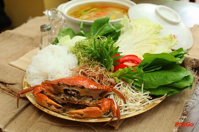 Top 10 địa điểm ăn ngon giá rẻ, nổi tiếng nhất ở Hà Nội 1