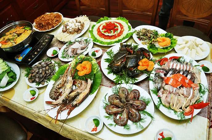 Top 10 quán lẩu hải sản ngon, nổi tiếng nhất ở Hà Nội 2