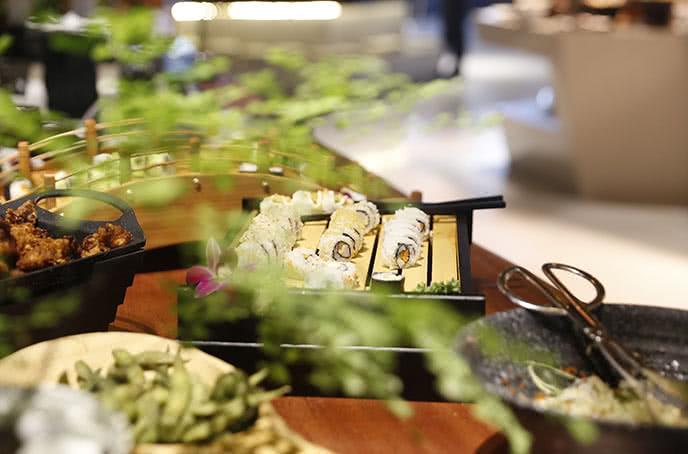 Các món ẩm thực Nhật của bay buffet hoàng ngân