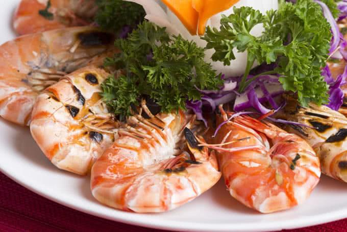 Tôm sú nướng thơm nức - thế giới hải sản dương đình nghệ